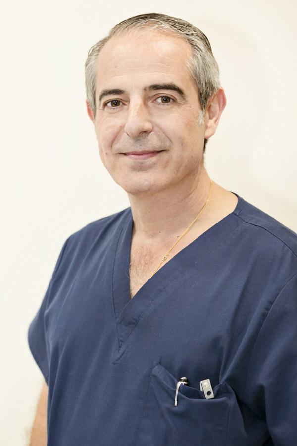 Dr. Joaquín Carmona
